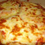Pizza à la crème fraîche