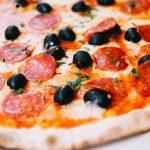 Pizza salame piquante